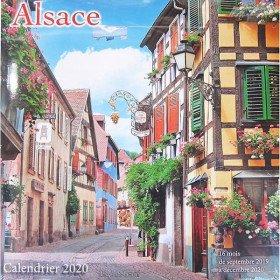 Kalender Farbe Alsace im Jahr 2020 in La Boite aux Trésors in Obernai