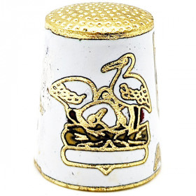Fingerhut aus weißem Goldmetall Mit Wappen, Storch und Elsässer in La Boite aux