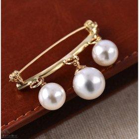 Ausgefallene goldene Brosche Pullover und Weste Pin Mit Perlen in La Boite aux