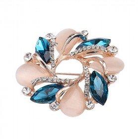 Broche dorée Fantaisie forme de Fleurs Opale sertie de Strass