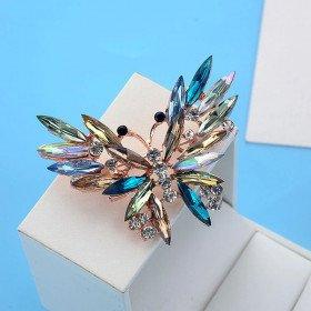 Fancy Gold Brosche Schmetterling Form im Flug Set mit Strass in La Boite aux