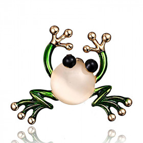 Golden Pin Fantasy Frog with Crystal and Enamelled Painting La Boite aux Trésors to