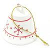 Weihnachtsdekoration mit hängender Glocke aus weißem Metall